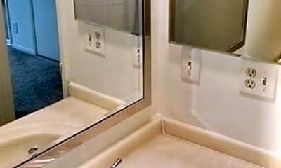 Bathroom, 18550 Prairie St, 2