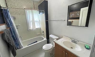 Bathroom, 3401 W 98th St, 2