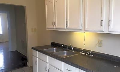 Kitchen, 1304 Court Ave, 2