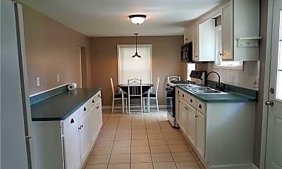 Kitchen, 21 Strathmore Dr, 1