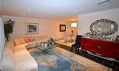 Living Room, 109 Baker Hill Rd, 1