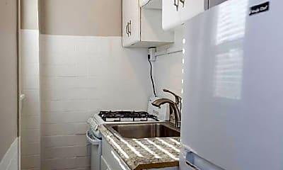 Bathroom, 1453 N Williams St, 2