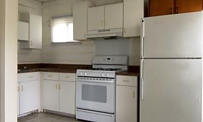 Kitchen, 1003 W Beardsley Ave, 1