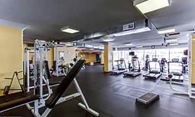 Fitness Weight Room, 4600 S Four Mile Run Dr 409, 2