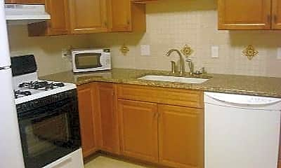 Kitchen, 339 13th St S, 2