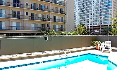 Pool, 10751 Wilshire Blvd 509, 2