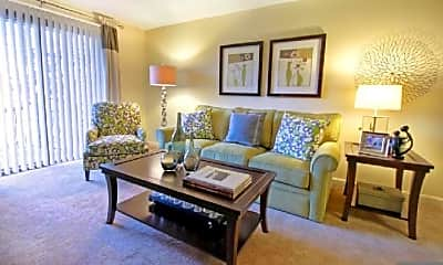 Living Room, 670 Princeton Blvd, 1