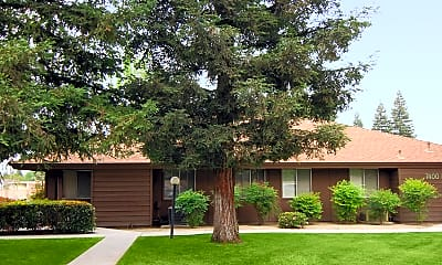 Building, Redwood Glen Apartments, 2