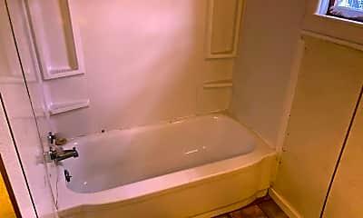 Bathroom, 1123 Walnut St, 2
