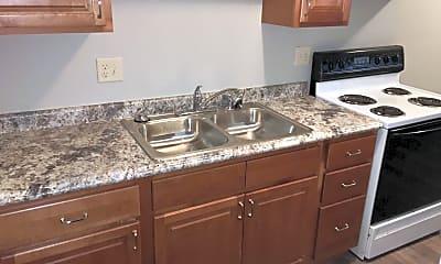 Kitchen, 725 N Cory St, 1