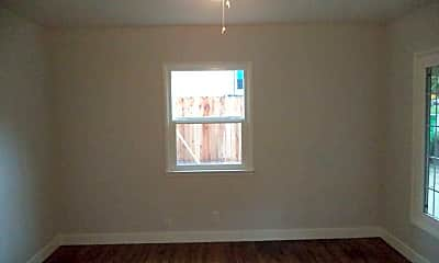 Bedroom, 3045 Freeport Blvd, 2
