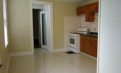 Kitchen, 204 Leavenworth Ave, 1