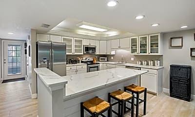 Kitchen, 1708 Atlantic St 4, 1