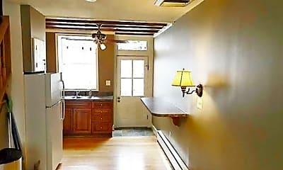 Kitchen, 513 S Dallas St, 1