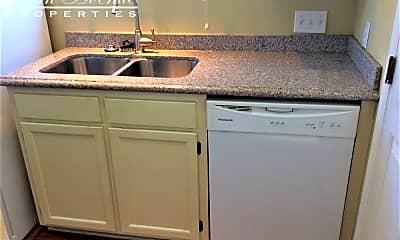 Kitchen, 1109 E Morehead St #21, 2