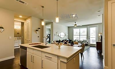 Kitchen, 5810 Worth Pkw, 1