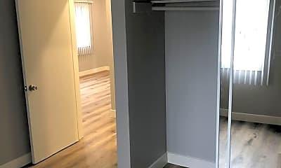 Bedroom, 1351 W 20th St, 2