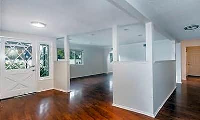 Living Room, 1019 E Walnut Ave, 1