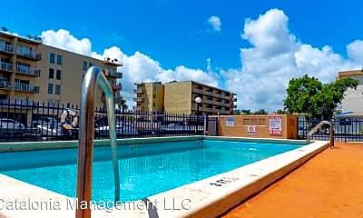 Pool, 3800 NE 168th St, 0