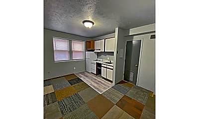 Living Room, 2209 Jones St, 0