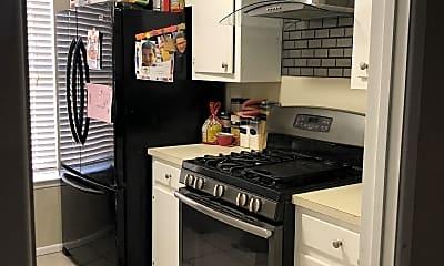 Kitchen, 5110 Storey Ave, 1