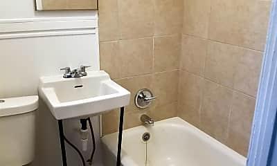 Bathroom, 305 Dunbar St, 2
