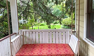 Patio / Deck, 19 Rosewood Ave, 1