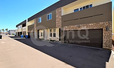 Building, 3000 N 37th St, 0