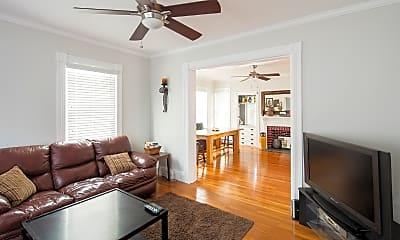 Living Room, 28 Preston St, 1
