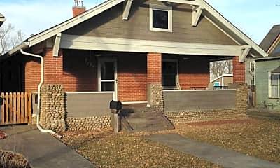Building, 404 E Oak St, 1