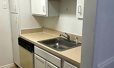 Kitchen, 315 Wymore Rd, 2