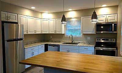 Kitchen, 271 W Pulaski Rd A, 2