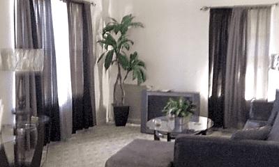 Living Room, 2104 Euclid St, 2