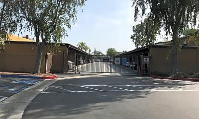 Casa Sierra Apartment Homes, 2