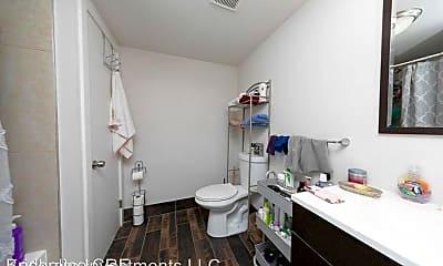 Bathroom, 1725 W Montgomery Ave, 2