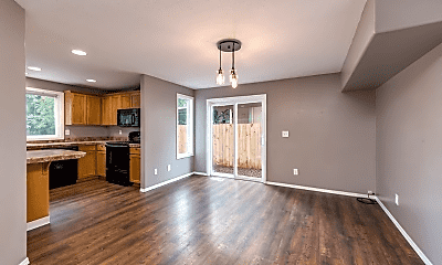 Living Room, 4315 SE 138th Pl, 1