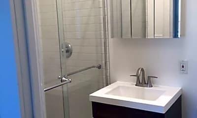 Bathroom, 183 Everett Ave, 2