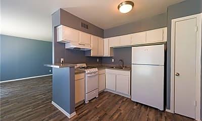Kitchen, 702 Santa Rosa Dr, 1