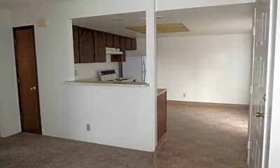 Living Room, 2604 Wilson Ave, 1