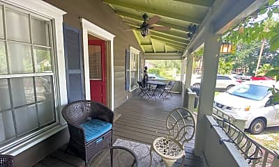 Patio / Deck, 110 Hill Ave, 1