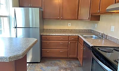 Kitchen, 3824 V St SE, 0
