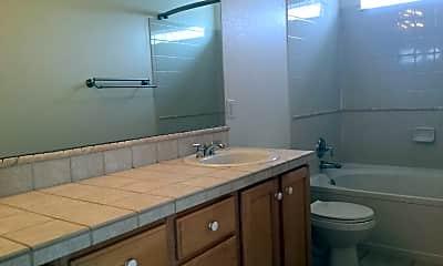 Bathroom, 5049 Spyglass Dr, 2
