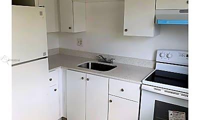 Kitchen, 17 NE 2nd Ave 106, 1