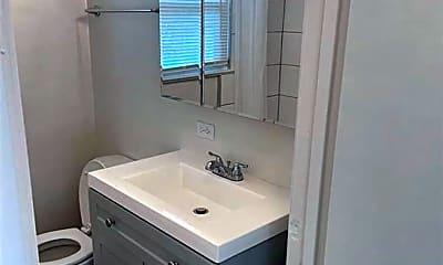 Bathroom, 1104 E Dewey Ave, 2