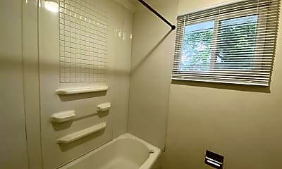 Bathroom, 211 Fereday Ct, 2