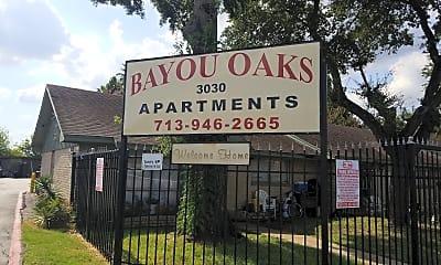 Bayou Oaks/sumar, 1