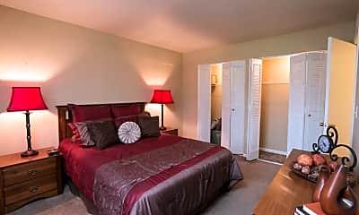 Bedroom, Olde Towne Apartments, 2