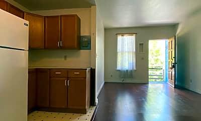Kitchen, 2713 Dana St, 2