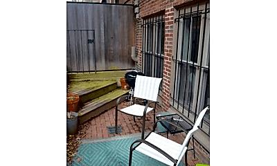 Patio / Deck, 186 W Brookline St, 2