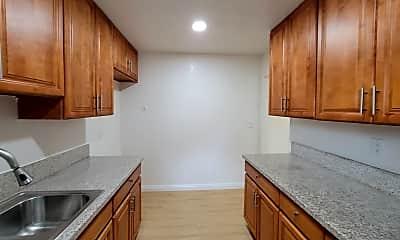 Kitchen, 620 N Marengo Ave, 1